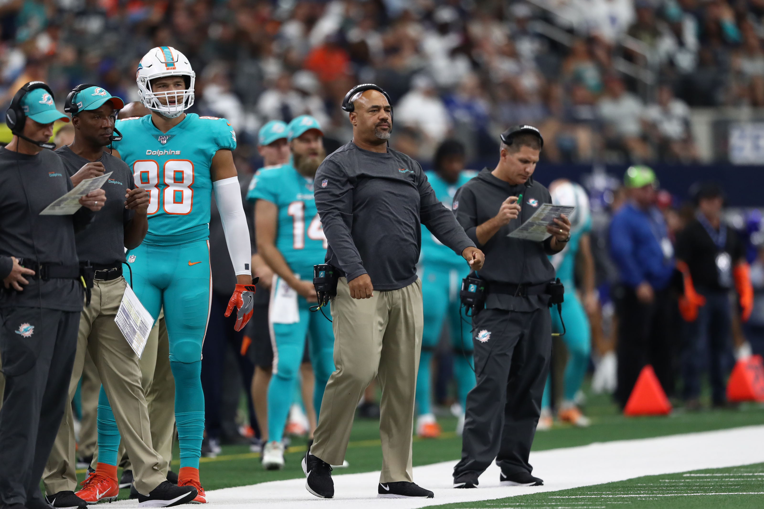 Eric Studesville has a long history of coaching to back up his OC promotion