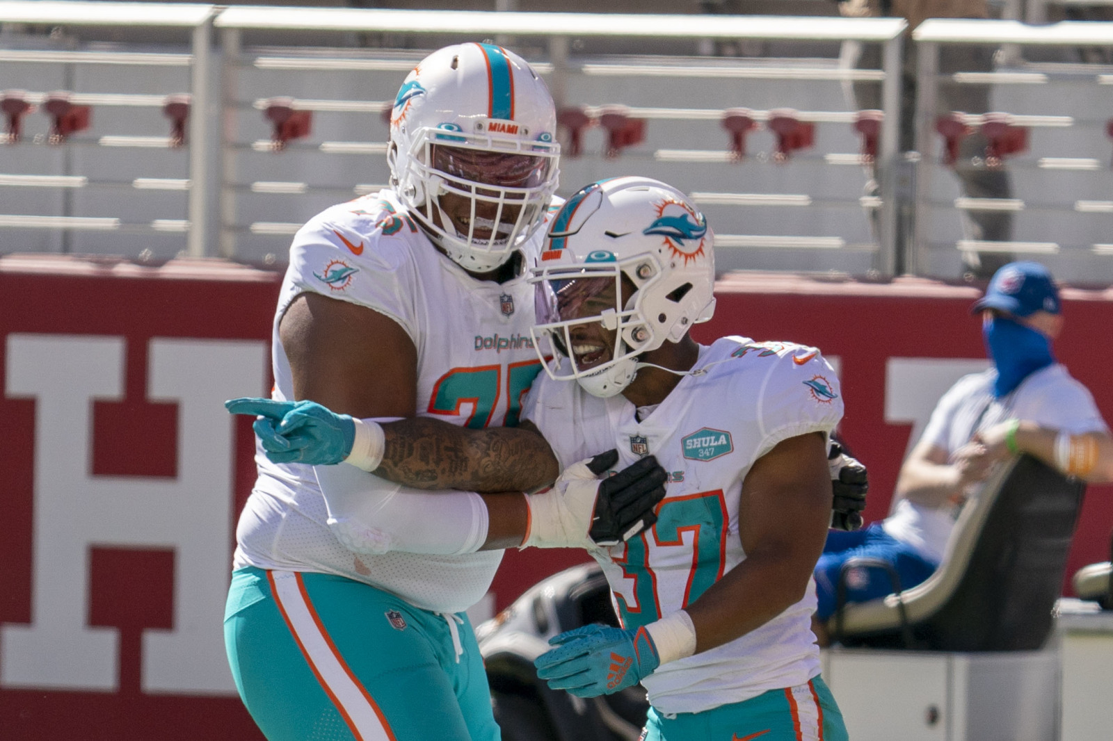 Ereck flowers quietly having a very good season for Dolphins